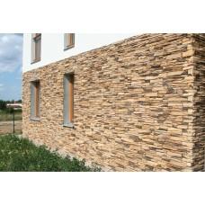 Фактурная внешняя отделка дома натуральным или искусственным камнем